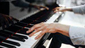 tocar piano curso piano